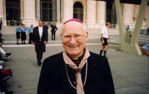 Mons. Cesare Bonicelli vescovo scout