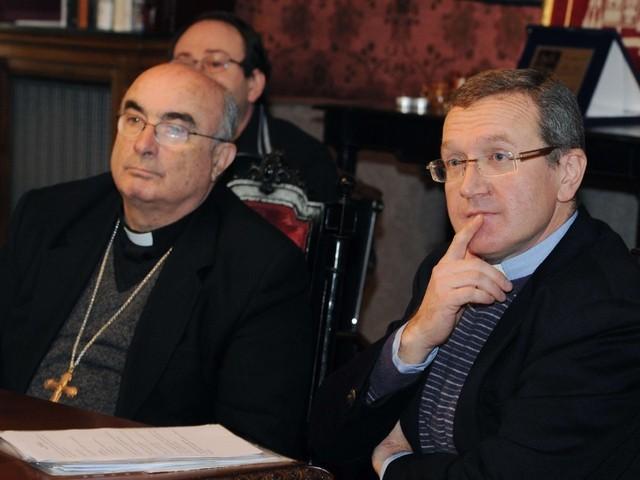 vescovo-como-e-mons-riva-vicario
